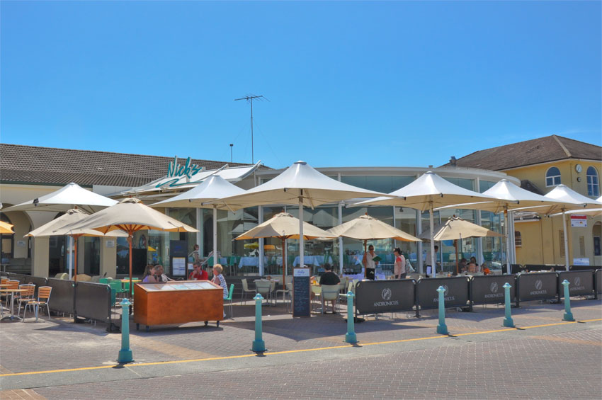 Bondi beach sydney australia highlights experience for Experiential design sydney